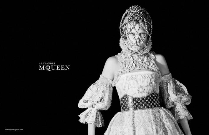 Alexander Mcqueen Winter 2014 1